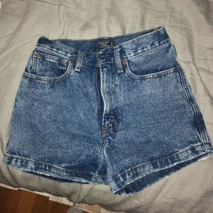 High rise abercrombie shorts